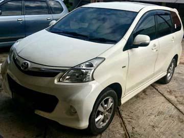 Avanza Veloz Putih  Rental Mobil  Batam