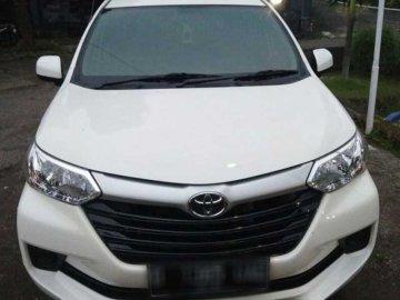 Anvanza Putih Bersih 2016  Rental Mobil  Bandung