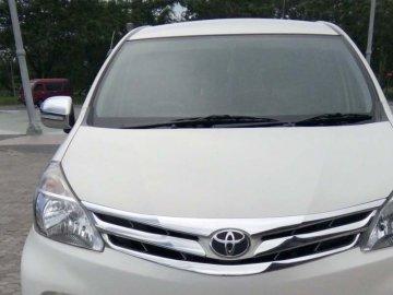 AVANZA PUTIH BERSIH  Rental Mobil  Lombok