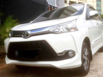 Avanza Putih Veloz 2016   Rent A Car  Jakarta