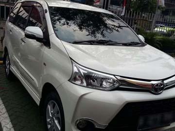 AVANZA PUTIH   Rent A Car  Jakarta