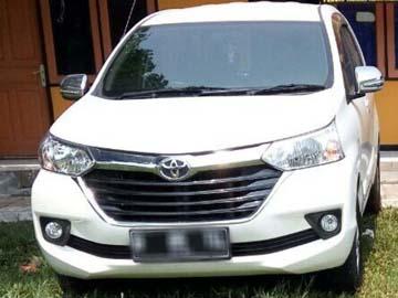 AVANZA PUTIH  Rent Car  Tangerang