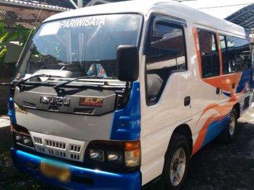 Isuzu elf short   Sewa Mobil  Bali