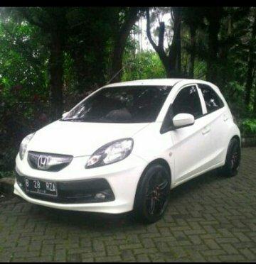 Honda Brio Putih   Sewa Mobil  Jakarta