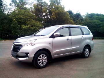 Grand Avanza Silver 2016  Rent Car  Solo