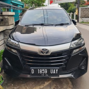 Avanza Facelift Hitam  Rental Mobil  Bandung