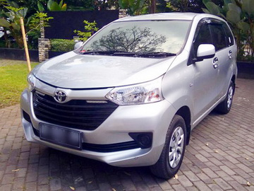 Grand New Avanza   Rent A Car  Solo