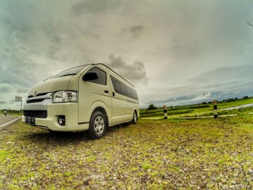 Hiace   Rent A Car  Jogja