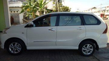 AVANZA VELOZ PUTIH 2016  Rental Mobil  Surabaya