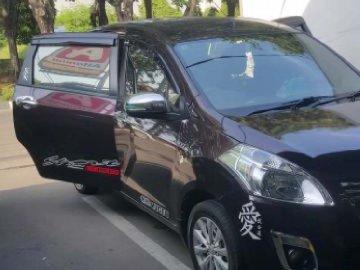 Eritiga Nyaman & Bersih  Rental Mobil  Jakarta