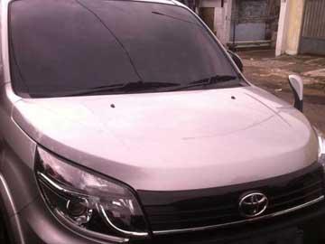 Rush Silver Mengkilau  Rental Mobil  Bandung