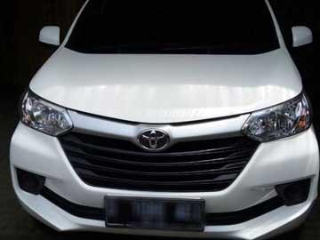 avanza 2016 white  Rental Mobil  Bandung