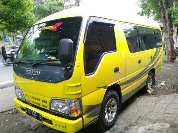 Isuzu Elf Short 15 Seat  Rental Mobil  Bali