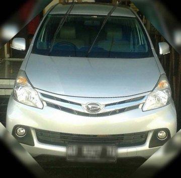 DAIHATSU XENIA R  SILVER   Rental Mobil  Solo