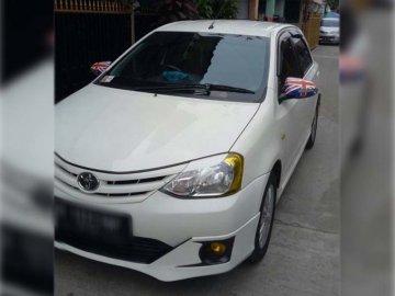 Etios    Sewa Mobil  Tangerang