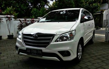 Innova   Rent A Car  Jogja