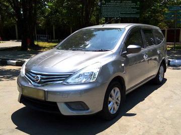 All New Grand Livina  Rental Mobil  Solo