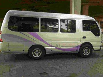 Elf short  Rental Mobil  Bali