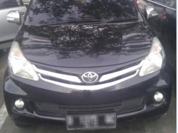 AVANZA HITAM MULUS   Rent A Car  Surabaya
