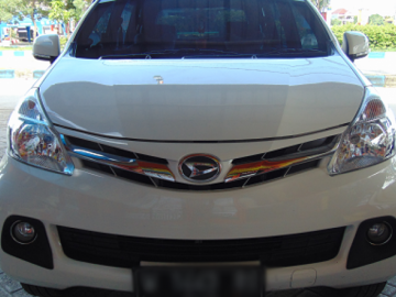 XENIA PUTIH BERSIH  Rent Car  Surabaya