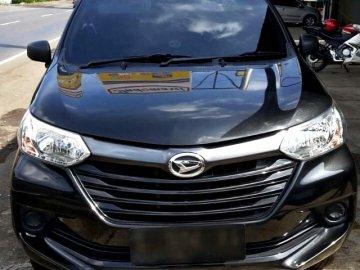 XENIA HITAM NYAMAN   Sewa Mobil  Surabaya