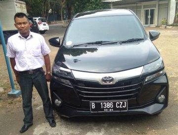 Avanza Facelift Hitam   Sewa Mobil  Semarang