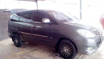 Toyota Innova 2010  Rent Car  Aceh