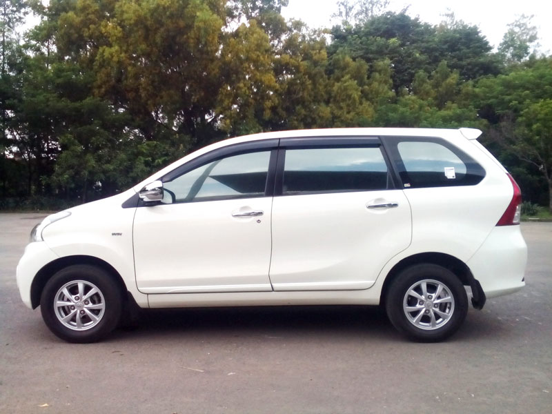 Galeri sewa mobil solo all new avanza 4
